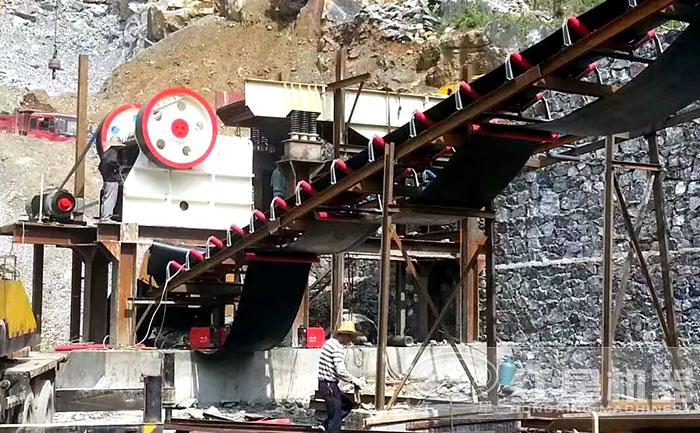 江西时产500吨石灰岩粗碎现场
