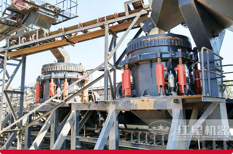 时产500吨多缸液压圆锥破碎机