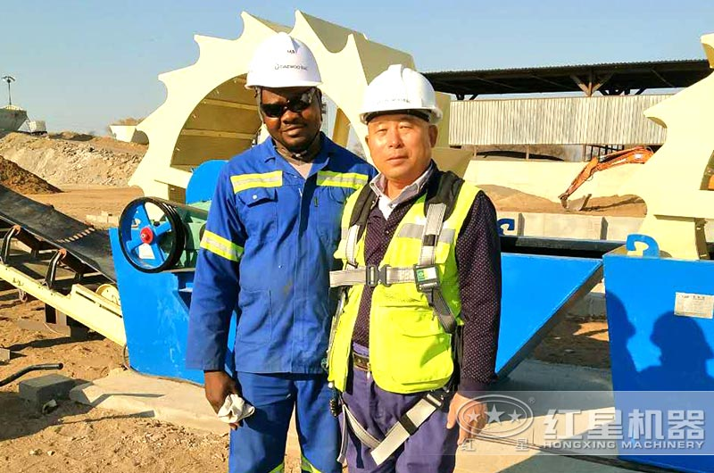 售后人员上门为赞比亚客户提供服务