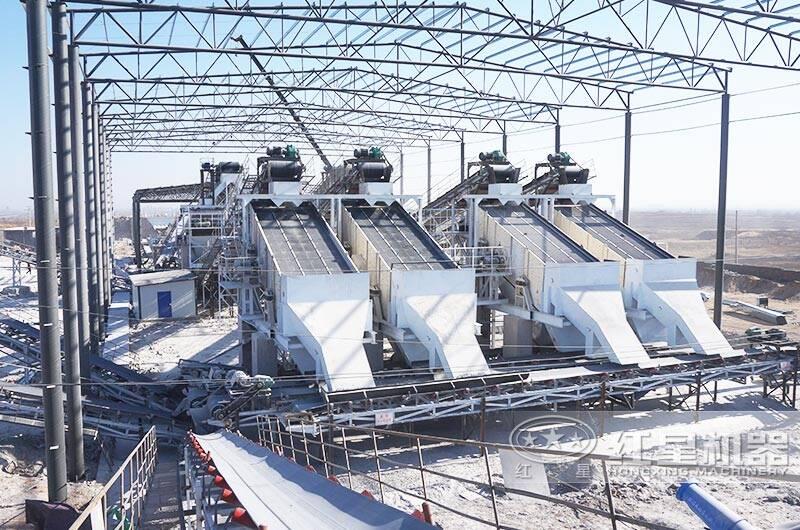 河北时产1000吨破碎生产线现场:圆振动筛