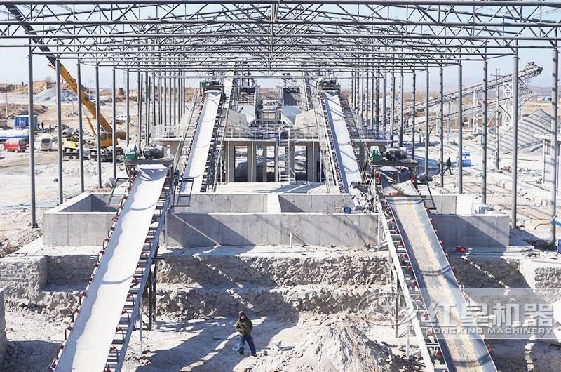 河北时产1000吨破碎生产线现场:皮带输送机